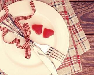 Рестораны для признания. Где отметить День святого Валентина в Бишкеке?